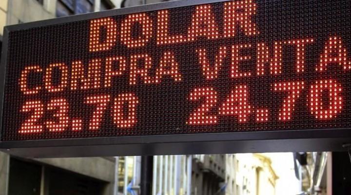 Sin intervención del BCRA, el dólar rebotó 16 centavos y cerró a $ 24,79