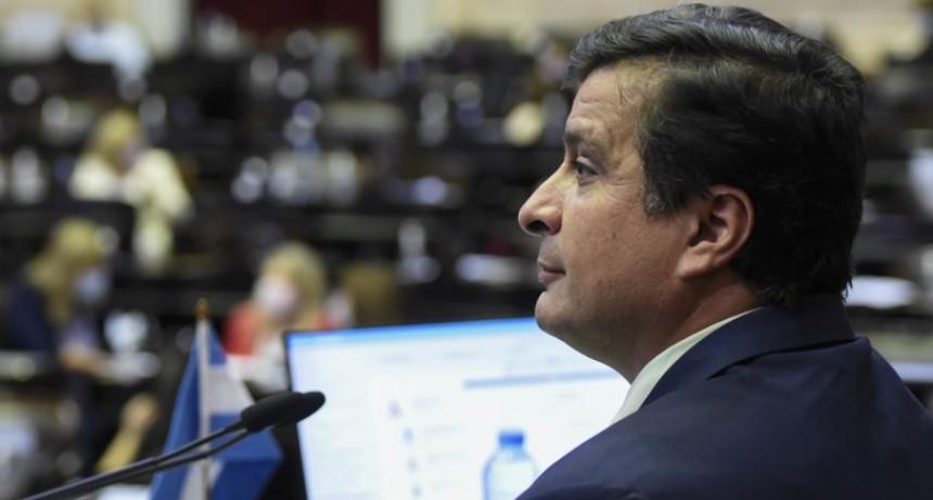 """Casaretto: """"Bajamos la carga impositiva sobre trabajadores y jubilados de Argentina"""""""