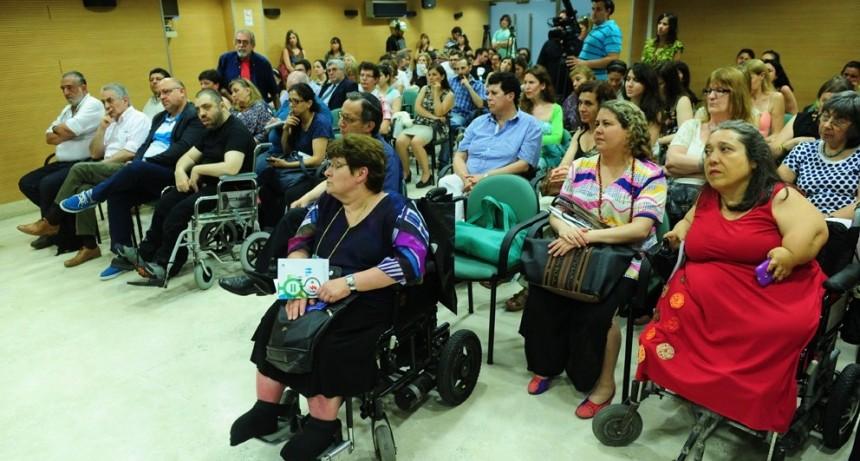 Piden que las personas con discapacidad sean prioridad en la vacunación