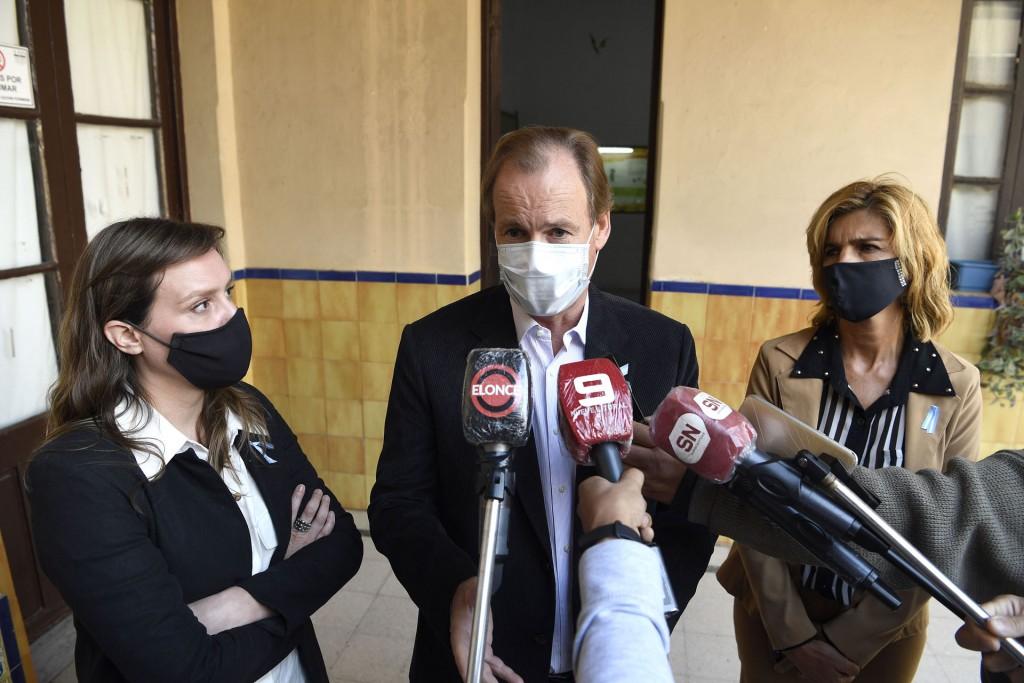 Bordet se expresó por medidas sanitarias entre todas las provincias para reducir la curva de contagios