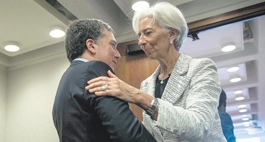 El FMI aprobó el acuerdo y envía los primeros 15 mil millones de dólares
