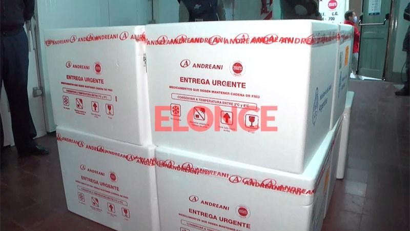 Entre Ríos recibió 62.800 vacunas de Astrazeneca: llegaron a la Brigada Aérea