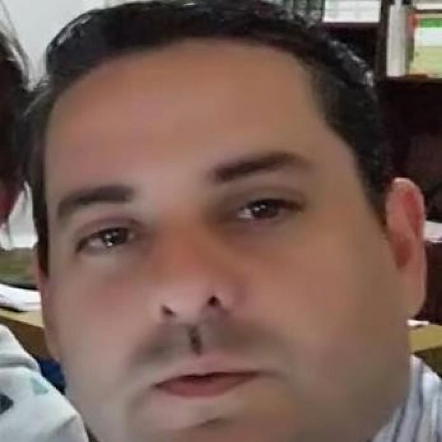 DR. MARIANO NAVARRO: