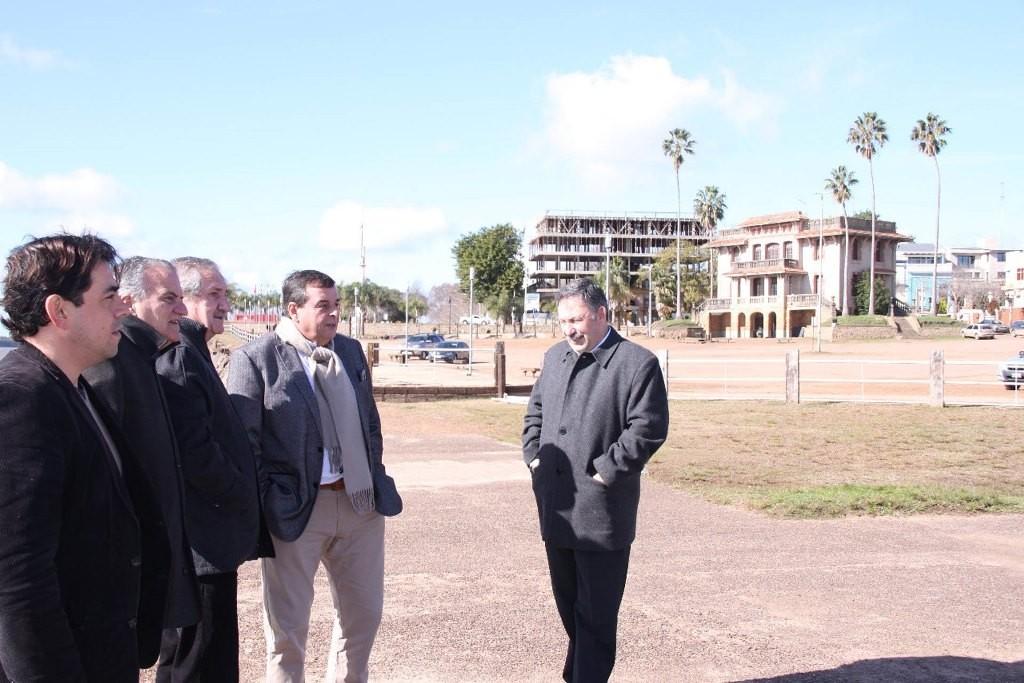 Realizan gestiones para optimizar los puertos de Colón y Gualeguaychú