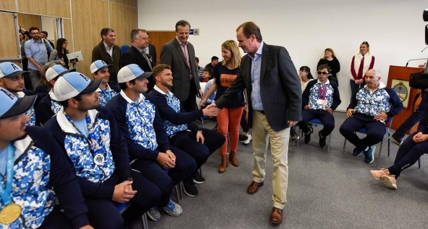 Bordet ratificó la continuidad de los programas de apoyo a los deportistas entrerrianos