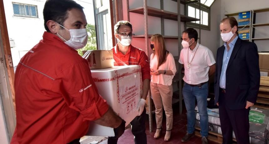 Bordet recibió las primeras vacunas Sputnik destinadas al personal de salud